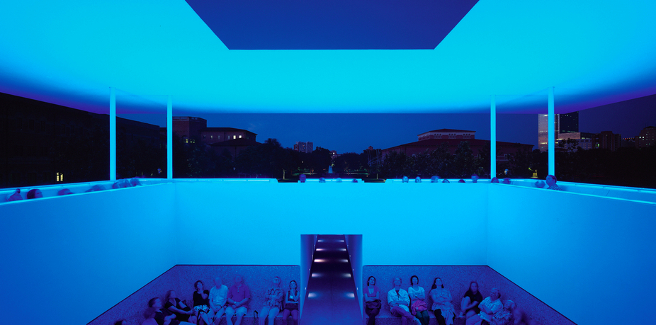 Fig. 10 James Turrell, Twilight Epiphany, 2012, Rice University, Houston, Texas