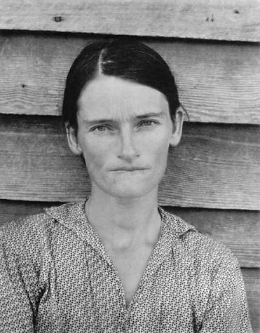 Fig. 3 Walker Evans, Alabama Tenant Farmer Wife (1936)