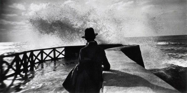 Jacques-Henri Lartigue, Sala at the Rocher de la Vierge, Biarritz, 1927. Gelatin silver print, 7 x 13 3/4 in. (17.8 x 35 cm). Private collection.