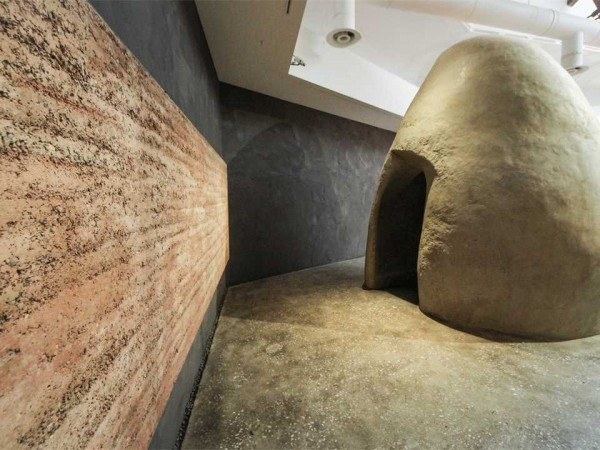 Anna Heringer, Martin Rauch, and Andres Lepik Mud Works! Venice Architecture Biennale, 2016 Image Stefano Mori, La Biennale di Venezia